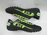 Оптовая чернота красит ботинки людей футбола футбола