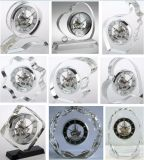 Travail manuel exquis avec l'horloge en cristal en verre squelettique en laiton du mouvement K9