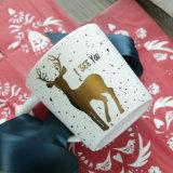 Caneca cerâmica de Xms dos cervos dourados