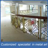 Barandilla de interior de oro modificada para requisitos particulares de las escaleras del acero inoxidable para el hotel/el club