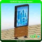 Verdrängter materieller Plakat-Bekanntmachenfreier Aluminiumstandplatz Lightbox