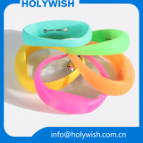 Wristband repellente del silicone di controllo dei parassiti della fascia dell'orologio della zanzara su ordinazione