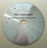 el carburo circular del Tct 180X1.0X2.4X60t vio la lámina para el corte de madera