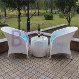 Комплект стула суда мебели ротанга PE