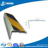 Scala di alluminio di sicurezza esterna che arrotonda la punta con l'inserto antiscorrimento