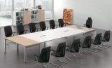 Modernes hoher Grad-Schwarz-weißer leitende Stellung-Stuhl