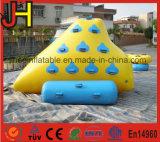Mini iceberg inflable de la montaña para el juego de los deportes de agua