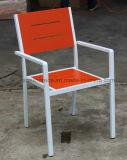 Polvo que cubre la silla al aire libre del brazo de los muebles de la silla de aluminio colorida