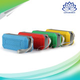 Contenitore portatile variopinto di altoparlante stereo per i capretti
