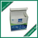 光沢のあるボール紙の薬ボックスを折る中国