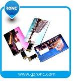 Movimentação do flash do USB do cartão de crédito das promoções com logotipo da promoção