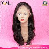 人間の毛髪は自由なかつらによって漂白された結び目か中間または3部のブラジルの人間のレースのかつらのニースの品質の自然な頭皮のかつらを層にした