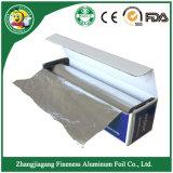 Papel de aluminio con la caja acanalada