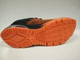 男性のための黒いオレンジ快適なエアクッションのスニーカー