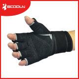 Half- перчатки пригодности перста с черными кромками для поднятия тяжестей