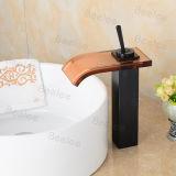 천체 Black Brass Square Shape Waterfall Glass Spout Single Handle One Hole Hot와 Cold Water Mono Basin Mixer Faucet Taps