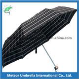 رجل إستعمال تدقيق تصميم مظلة يستطيع تلاءم مع قميص وحقائب