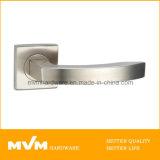 セリウム(S1002)を持つローズの高品質のステンレス鋼のドアハンドル