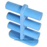 밝은 파란색 색깔 보석 진열대