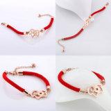 Bracelet en bijoux en acier inoxydable à la mode Bracelets faits à la main en corde rouge