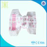 Pañales disponibles con la fábrica mágica del pañal de China de la cinta