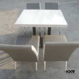 Tableau en pierre artificiel blanc de restaurant d'aliments de préparation rapide