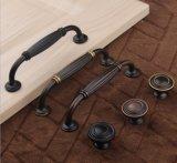 Maniglia nera d'ottone della mobilia dell'Europa della maniglia di portello del hardware del portello di granaio