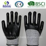 Отрежьте упорную перчатку работы безопасности с перчатками 3/4 покрынными нитрилом безопасностей
