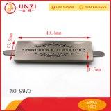 Customed Kennsatz-Marke mit hängender Pinselgunmetal-Farbe für Kleidung/Handtasche
