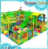 Moderner Kind-Luxuxspielplatz mit dem zwei Sitzschwingen für Baby-Spaß