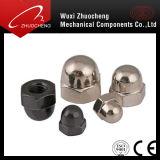 탄소 강철 급료 4 6 8 10 12의 니켈에 의하여 도금되는 까만 도금된 육각형 돔 모자 견과 DIN1587