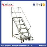 De Beweegbare Ladders van het staal op de Wielen van Pu