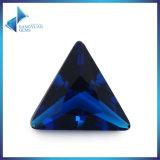 Pierre en verre claire bleu-foncé de triangle pour des accessoires de bijou