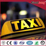 표시, 가벼운 상자가 차에 의하여/최고 사용법을 광고하는 택시는 점화한다