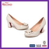 Cream ботинок способа женщины PU патента