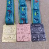 La natación modificada para requisitos particulares del metal funciona con la medalla de ciclo del Triathlon de la concesión de los deportes