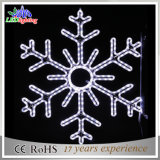 白いLEDの大きい雪片のクリスマスの屋外の装飾のモチーフライト