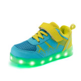 7 색깔을%s 가진 Yezi LED 단화는 아이를 위한 가벼운 단화를 도매한다