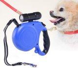 guinzaglio ritrattabile del cane di 16FT con il LED, camminare libero alla notte