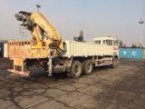 Carro del camión de la base plana con la grúa de la grúa 16t