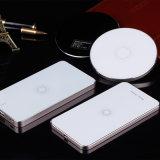 Qi Wireless Delgado El banco móvil con la batería 5000mAh
