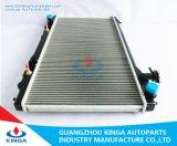 より涼しい自動OEM 21460-Am900のためのアルミニウムによってろう付けされるラジエーター
