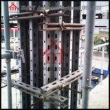 Fácil ensamblar y desmontar el sistema del encofrado para la columna concreta