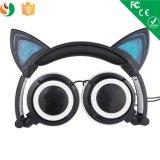 女性豪華な項目Custumizedステレオ猫耳のヘッドホーンOEM