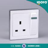 Igoto B9013 1gang 13A에 의하여 전환되는 소켓 전기 소켓 전기 스위치 및 소켓