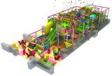 Оборудование спортивной площадки скольжения детей