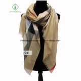 Westliche Art gesponnene Goldplaid-Schal-Form-Dame Scarf Factory
