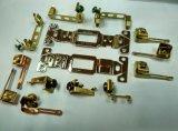 Componentes terminais elétricos de bronze que carimbam componentes