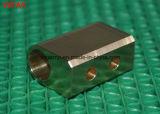 Pièces de usinage de commande numérique par ordinateur de précision d'accessoires en laiton de matériel