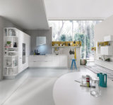 Armadio da cucina semplice di stile italiano del Palo